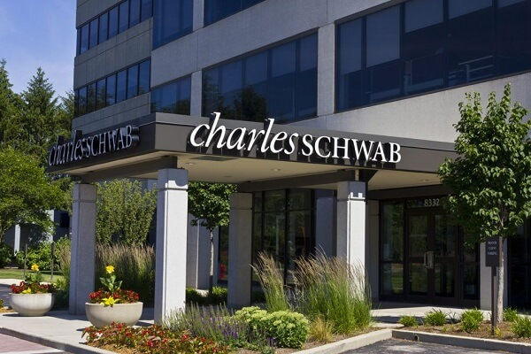 Charles Schwab Board of Directors Compensation and Salary